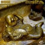 Tượng Phật Di Lạc nằm cầm quạt bằng đồng