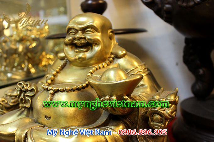 tượng phật di lặc ngồi ghế rồng cầm thỏi vàng cao 30cm