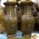 Lọ hoa đồng lục giác khắc 6 cảnh cổ điển
