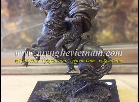 tượng napoleon cưỡi ngựa bằng đồng