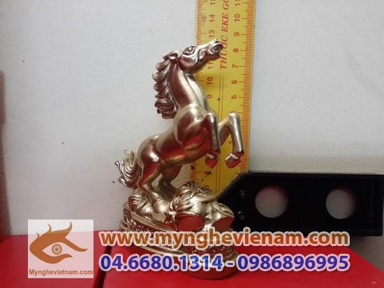 tượng ngựa đồng phong thủy để bàn 12 con giáp