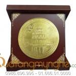 Đĩa hộp đúc đồng logo công ty làm quà tặng mỹ nghệ