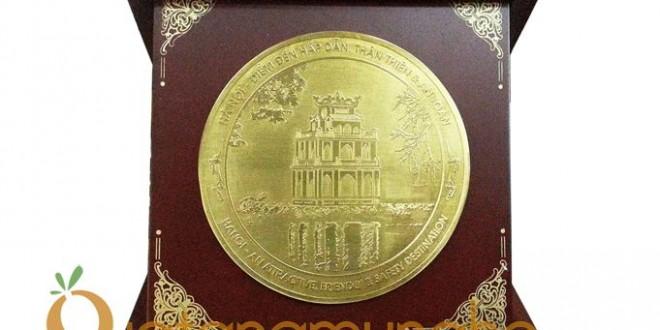 đĩa đồng quà tặng lưu niệm đối ngoại