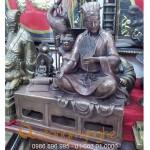 Tượng Khổng Minh ngồi bắt quyết
