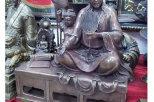 tượng khổng minh ngồi bắt quyết 3