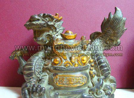 tượng rồng cuộn hũ tiền giả cổ