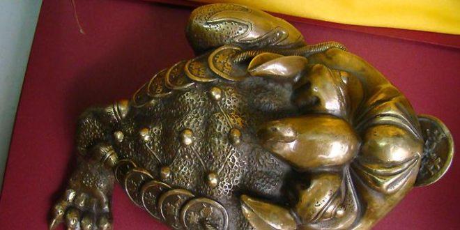 cóc 3 chân dài 30cm bằng đồng phong thủy