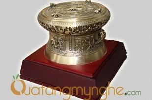 trống đồng quà tặng đk 12cm mẫu đền hùng phú thọ