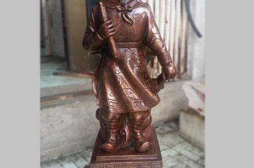 tượng đức thánh trần cao 50cm đồng đỏ mắt cua