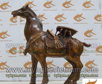 tượng ve sầu cưỡi ngựa, tượng ve sầu bằng đồng