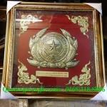 Sản xuất công an hiệu, làm quốc huy bằng đồng, mẫu tiêu chuẩn quốc gia