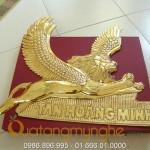 Chế tác sản xuất logo công ty bằng đồng, logo mạ vàng