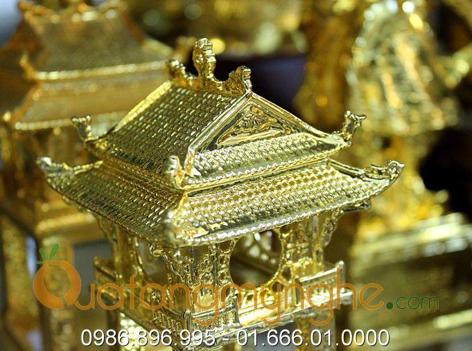 biểu tượng văn miếu quốc tử giám bằng đồng đúc mạ vàng