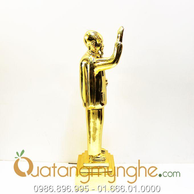 tượng bác hồ vẫy tay chào 53cm mạ vàng