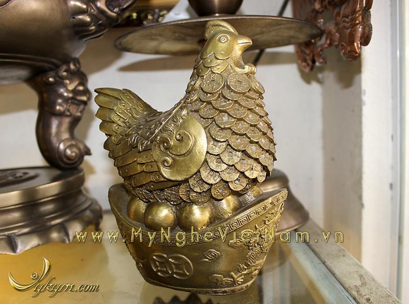 tượng gà mái ngồi thỏi vàng, tượng gà đẻ trứng bằng đồng
