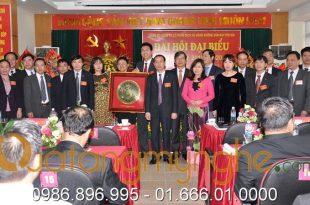 tranh trống đồng ăn mòn bản đồ Việt nam, quà tặng đối tác, quà tặng hội nghị