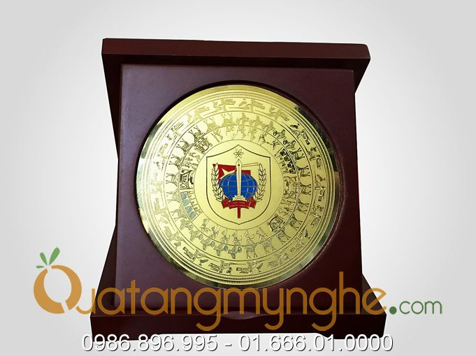 sản xuất đĩa quà tặng hình logo công ty theo yêu cầu