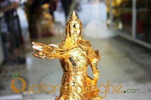 tượng trần hưng đạo chỉ tay mạ vàng 25cm