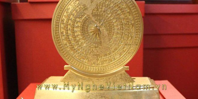 biểu trưng trống đồng mặt bản đồ cao 25cm