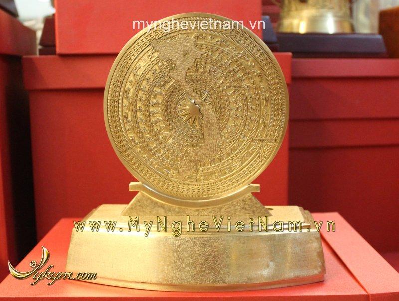 Biểu trưng trống đồng mặt bản đồ cao 25cm0