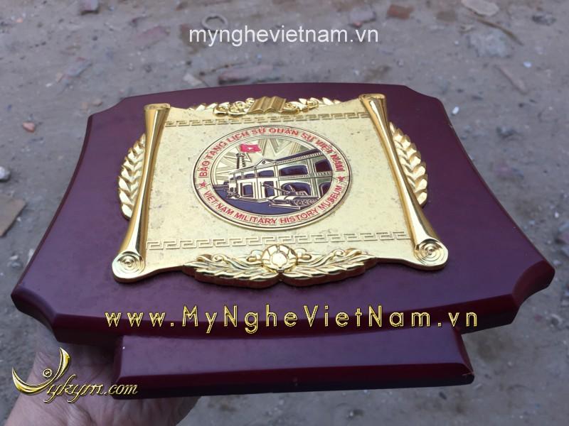 biểu trưng quà tặng đúc đồng mạ vàng cao cấp