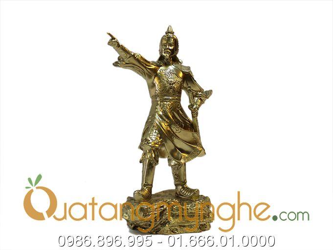 Tượng Trần Hưng Đạo chỉ tay bằng đông 25cm0