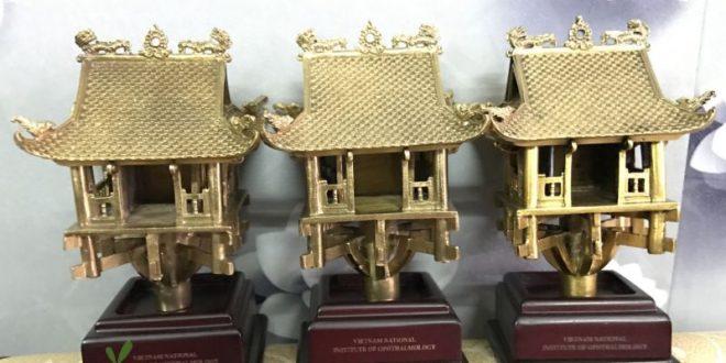 chùa 1 cột, chùa 1 cột mạ vàng, tượng chùa 1 cột, tượng đồng chùa 1 cột, chùa một cột