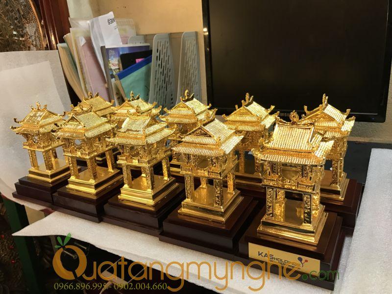 biểu tượng khuê văn các mạ vàng làm quà tặng
