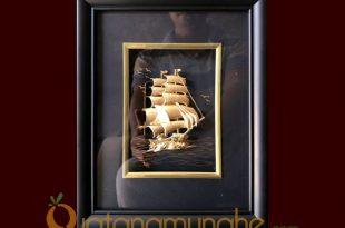 Tranh thuyền buồm dát vàng lá 24k cao cấp